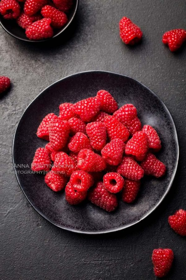 Food Photography Lighting of raspberry dessert