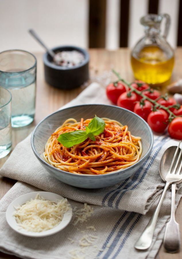 Example of food photography at home. Simple pasta dish.